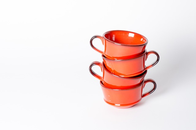 cups-2271443_640